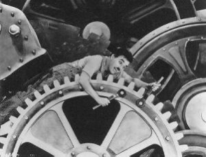 Charlie Chaplin nel film &quot;Tempi moderni&quot;