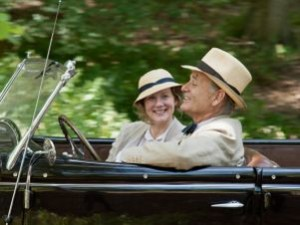 "Laura Linney e Bill Murray in ""A Royal Weekend"""