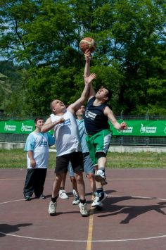 """Happy Hand 2014"": basket inclusivo"