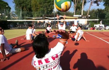 """""""Sotto Gamba Game"""": sitting volley"""