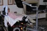 Assistenza a domicilio di una persona affetta da SLA (sclerosi laterale amiotrofica)