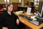 Una giovane lavoratrice con sindrome di Down