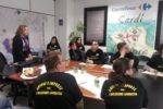 Un'immagine della visita dei giovani dell'ANFFAS di Cagliari presso l'Azienda Carrefour