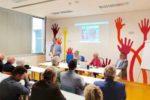 Un'immagine della presentazione all'Ospedale di Biella del video tutorial realizzato dall'UICI Piemonte, per spiegare a medici e infermieri come accogliere le persone con disabilità visiva