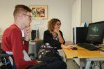 Lezione di scuola a un giovane paziente dell'Istituto Riabilitativo Montecatone di Imola