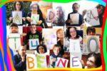 """Un nutrito gruppo di persone afferenti al """"Progetto Calamaio"""" della Cooperativa Accaparlante - Centro Documentazione Handicap di Bologna"""