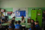 Zoe Rondini incontra i bimbi e le bimbe del progetto pedagogico Radio Freccia Azzurra