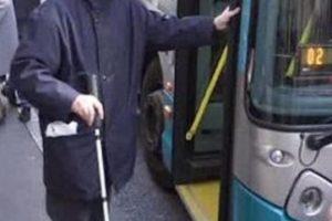 Mezzi pubblici torinesi e disabilità visiva: al lavoro su diversi fronti