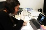 Una delle operatrici coinvolte nel progetto di teleriabilitazione promosso dalla Fondazione Bambini e Autismo di Pordenone