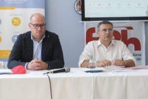 Daniele Romano (a sinistra), riconfermato alla Presidenza della FISH Campania, insieme a Vincenzo Falabella, presidente nazionale della FISH, durante il Congresso della Federazione campana